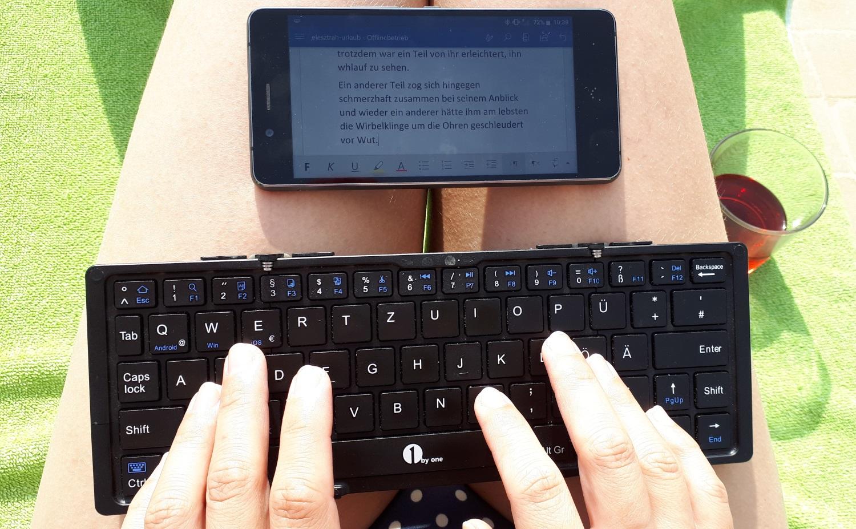 Schreiben mit der Bluetooth-Tastatur